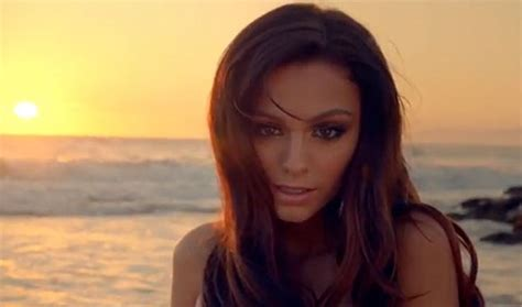 Fight For What You Feel : Oath - Cher Lloyd ft